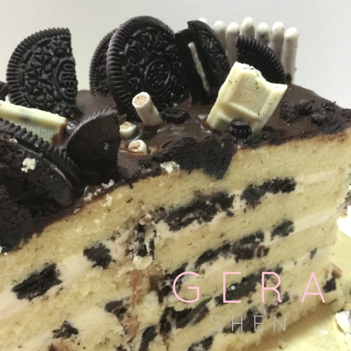 Oreo/Cookies n Cream cake by HEiBaker
